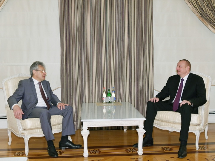 Ильхам Алиев принял президента РАН - ФОТО