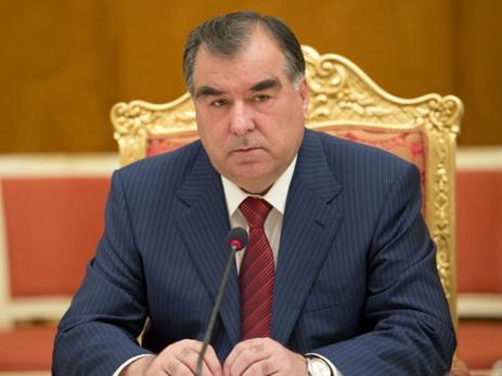 Президент Таджикистана поздравил Президента Азербайджана