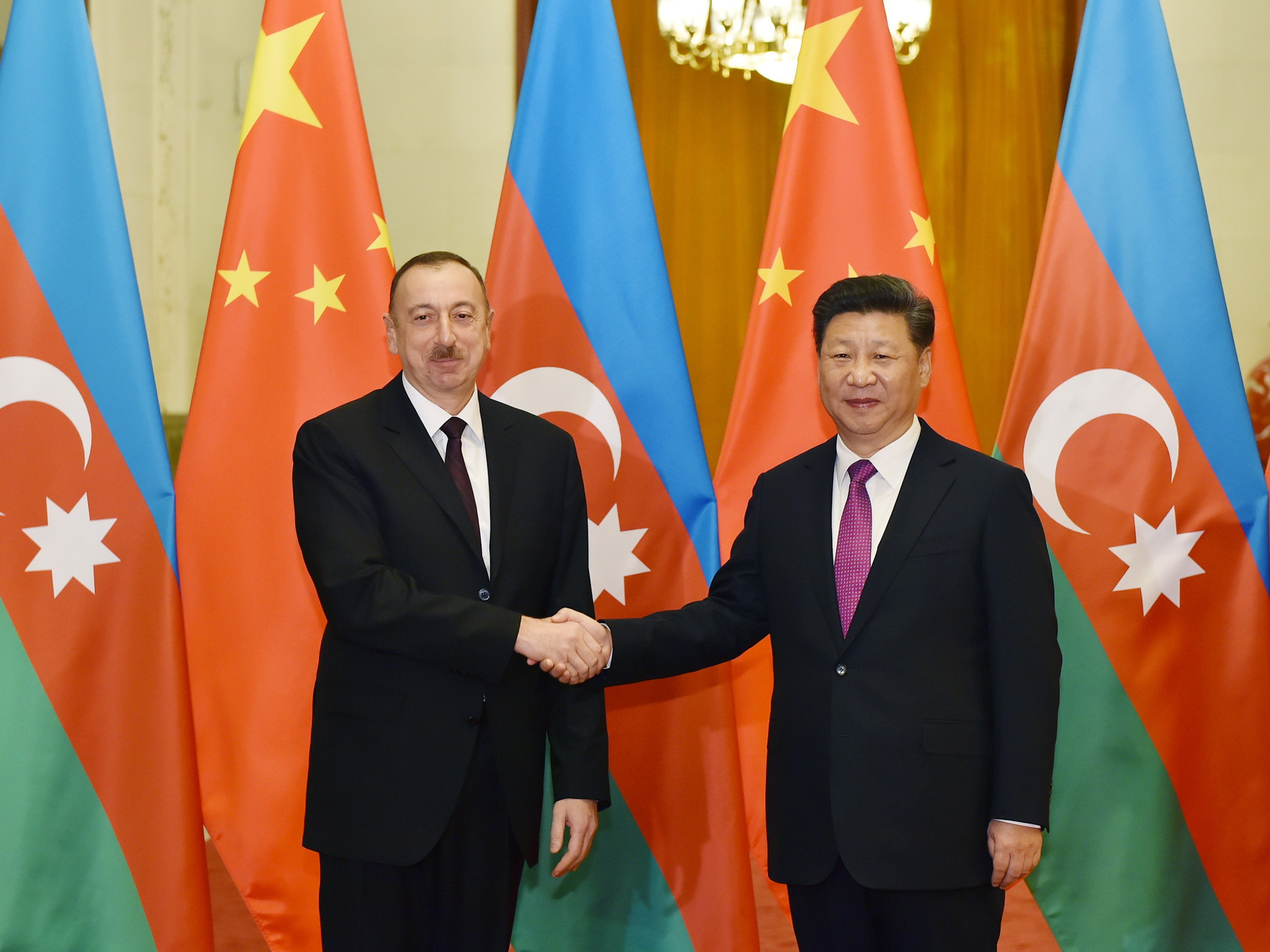 Председатель КНР поздравил Президента Азербайджана