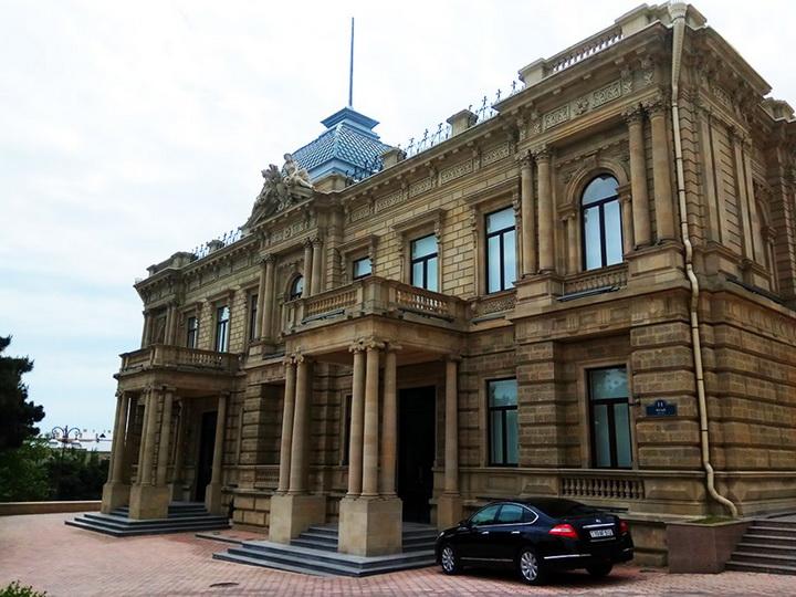 Завершена реставрация знаменитого Музея искусств Азербайджана - ФОТО