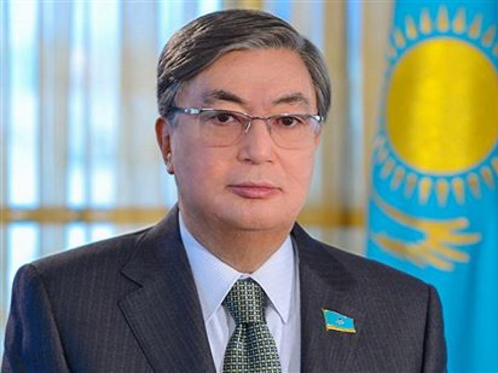 Президент Казахстана поздравил Президента Азербайджана