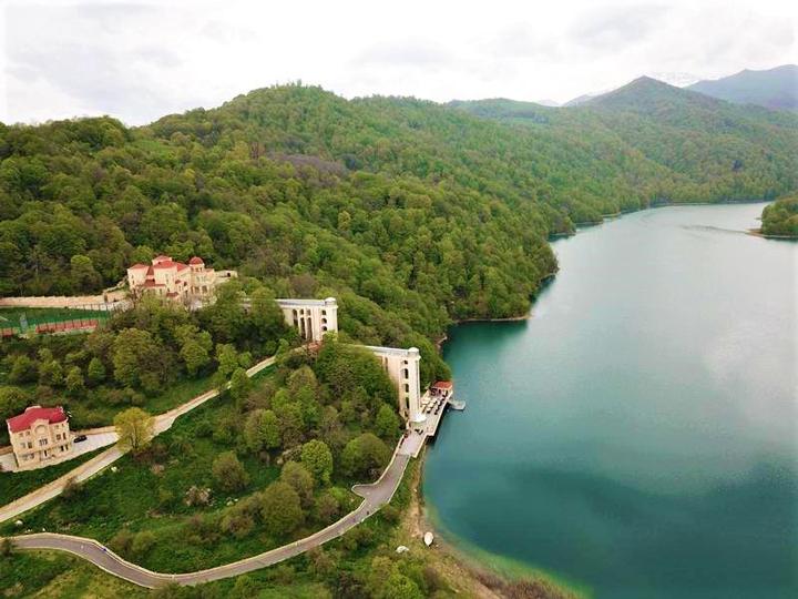 GoyGol Lake Resort: Незабываемый летний отдых в одном из живописнейших мест Азербайджана – ФОТО