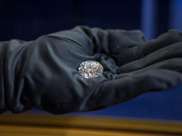 В Париже у политика из Гвинеи украли бриллиант за 45 миллионов евро