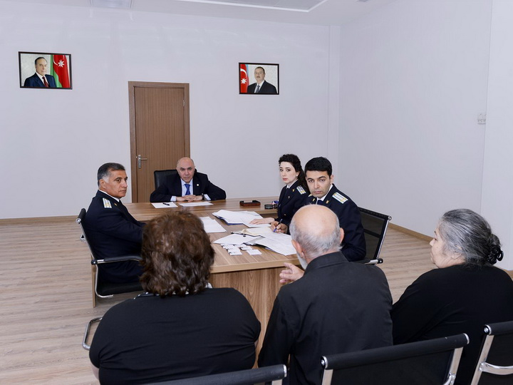 Закир Гаралов принял граждан в Гяндже - ФОТО