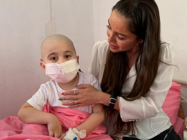 Лейла Алиева побывала в Научно-исследовательском институте гематологии и трансфузиологии - ФОТО