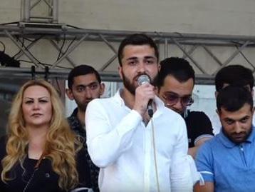 На акции в Ереване прозвучали угрозы в адрес главы сепаратистов