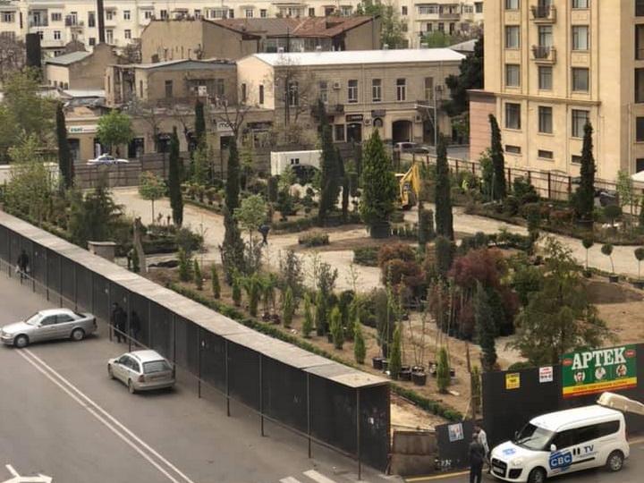 В центре Баку готовится к открытию новый парк - ФОТО