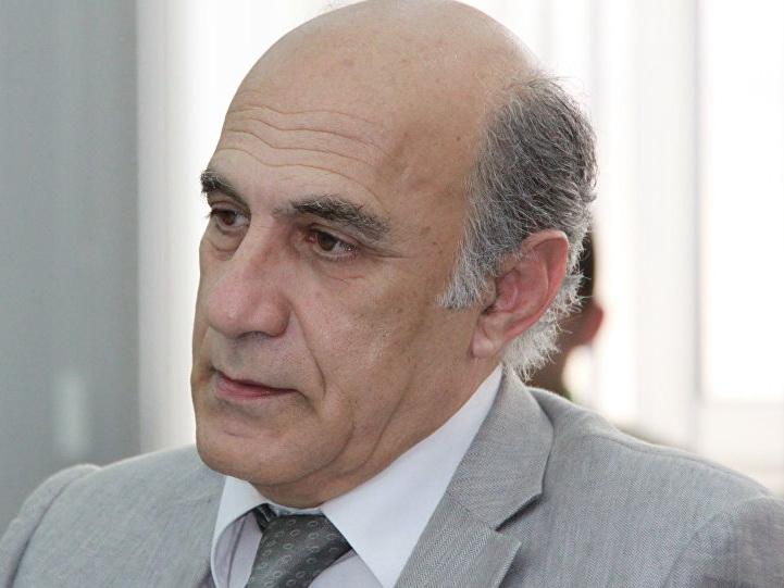 Фикрет Садыхов: «Армения предпринимает шаги, направленные на дистанцирование от России»