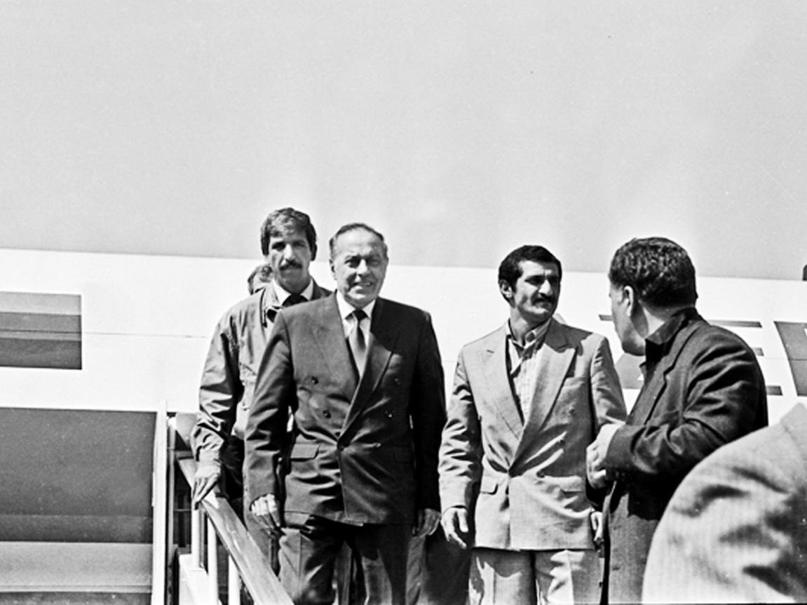 «Гейдар Алиев возглавил страну, когда мы были в шаге от братоубийственной войны»