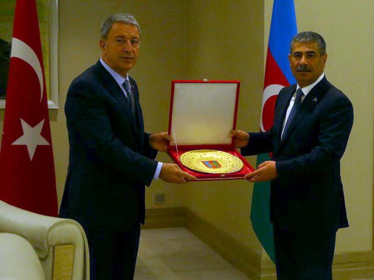 В Габале состоялась встреча министров обороны Азербайджана и Турции - ФОТО