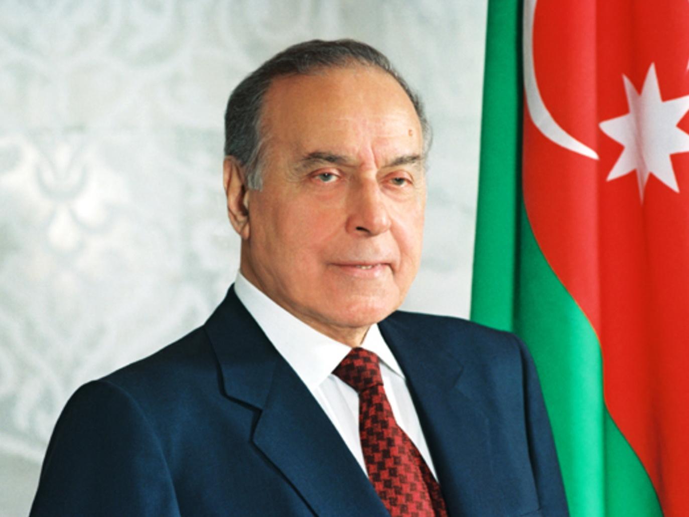 Айдын Гусейнов: Пик деятельности Гейдара Алиева – формирование независимого азербайджанского государства