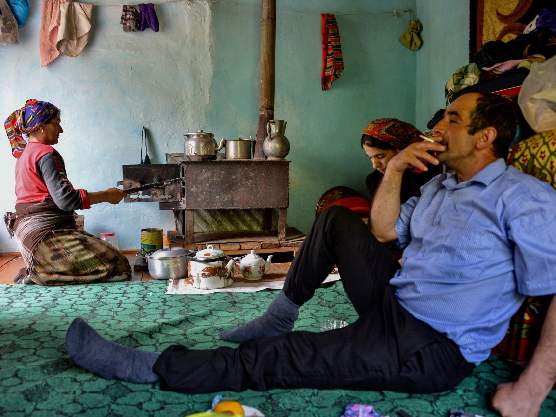 Прекрасный Сым: жизнь одного села в объективе голландских и азербайджанских фотографов - ФОТО