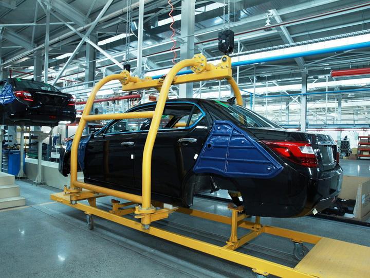 Автопром Азербайджана – наиболее активный в ненефтяном секторе