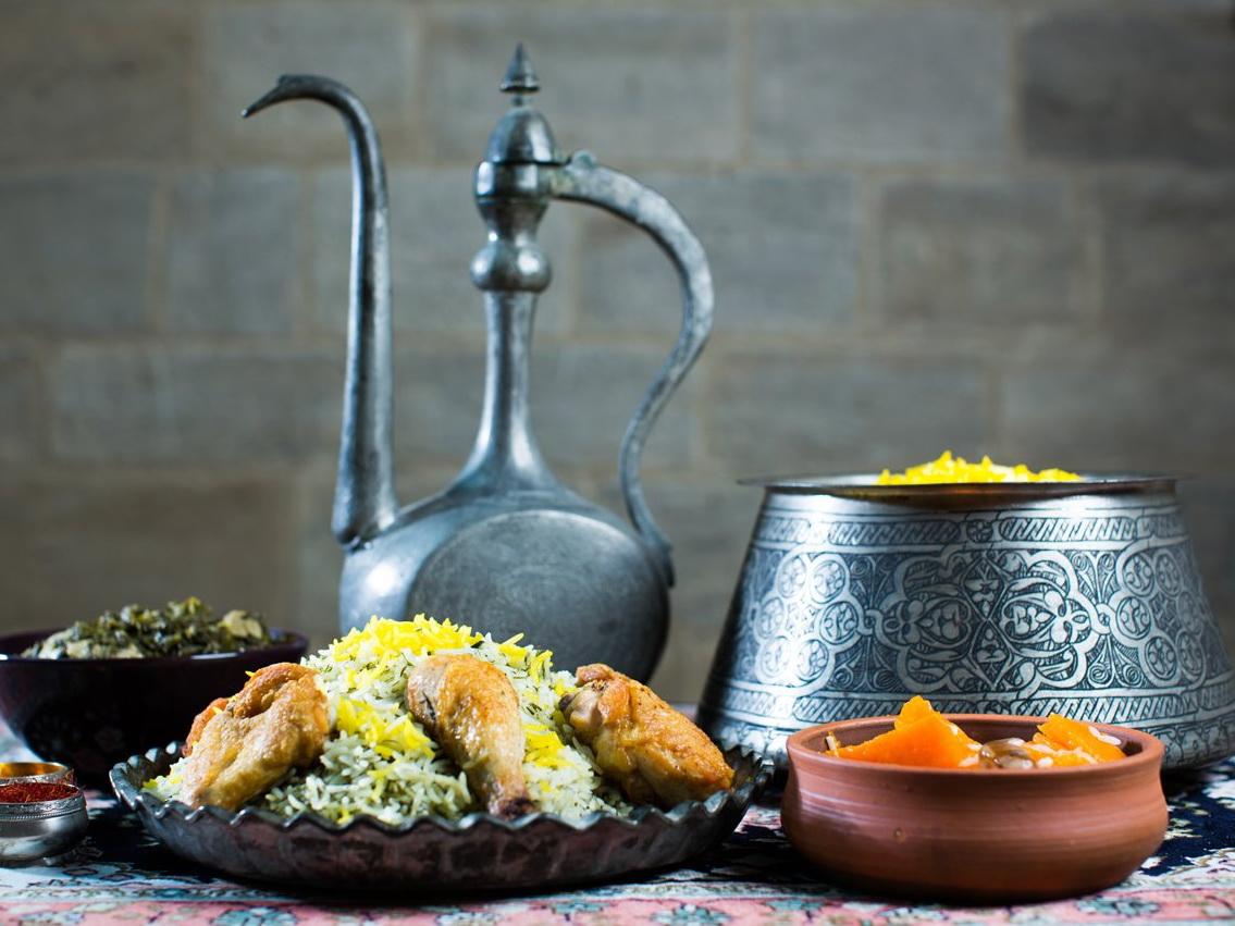 Что положить в кутаб и как приготовить долму: Meduza предлагает тест на знание азербайджанской кухни – ФОТО