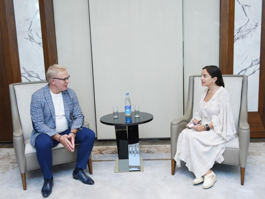 Вице-президент Фонда Гейдара Алиева Лейла Алиева встретилась с послом доброй воли ООН Вячеславом Фетисовым