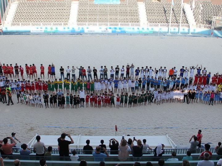 В Баку прошел чемпионат по пляжному футболу среди подростков – ФОТО