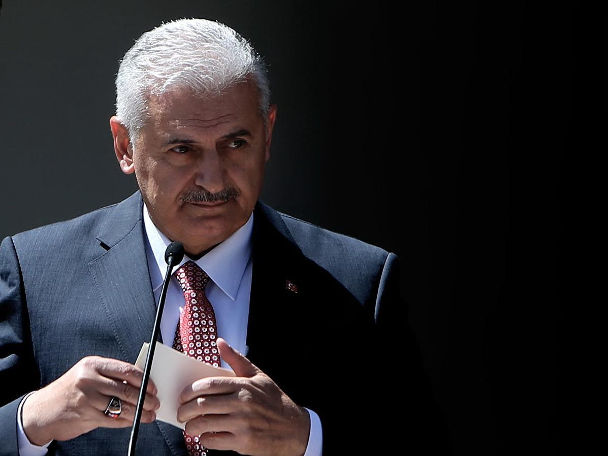 Бинали Йылдырым признал поражение на выборах мэра Стамбула