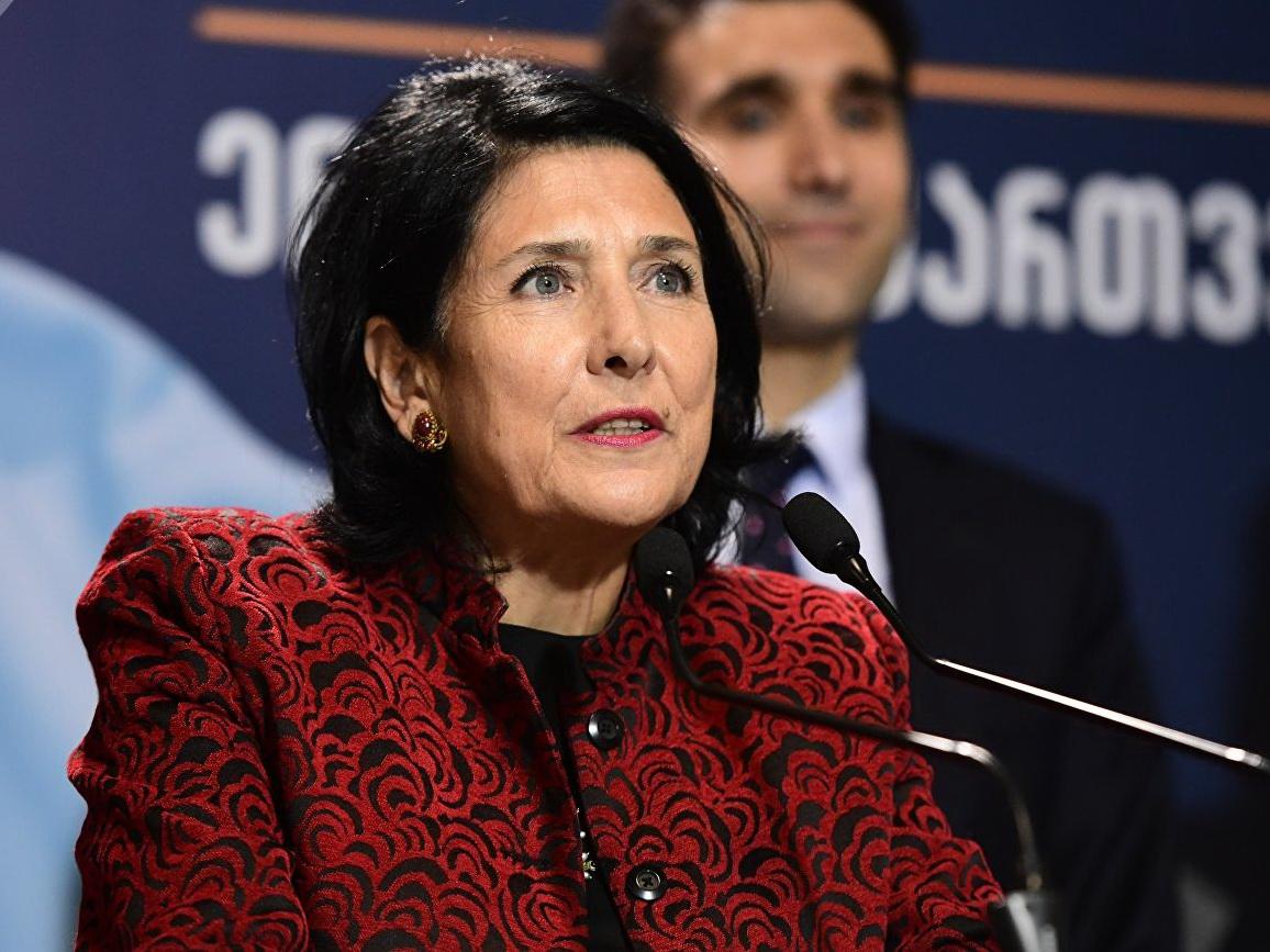 Президент Грузии выступила за сохранение потока туристов из России - ВИДЕО