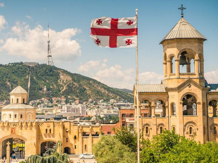 Москва против Тбилиси: сможет ли Азербайджан извлечь пользу от кризиса в секторе туризма Грузии?