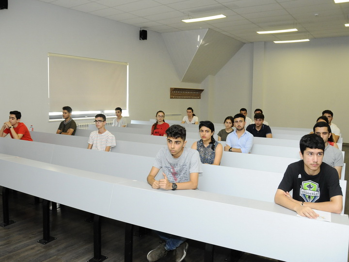 Десять студентов UFAZ вошли в топ-100 лучших кандидатов Национального конкурса по математике Франции