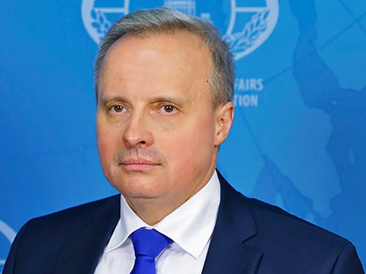 В Армении хотят объявить посла России персоной нон грата