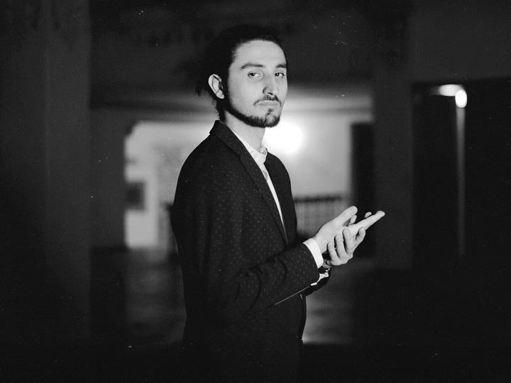 Это впечатляюще: Синтез мугама и электронной музыки Исфара Сарабского в проекте «Human Capital» - ВИДЕО