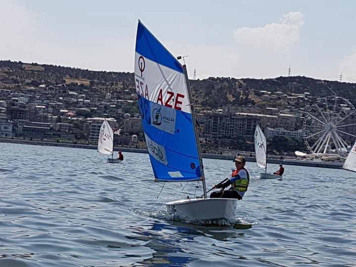 «Летняя школа юных яхтсменов»: Федерация парусного спорта Азербайджана приобщает детей к спорту - ФОТО