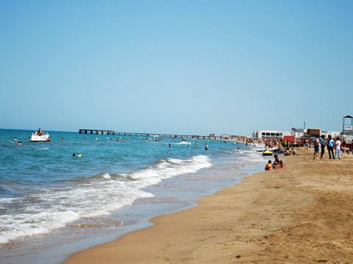 Исполнительная власть города Баку: Вход на пляжи и прибрежные зоны столицы бесплатный