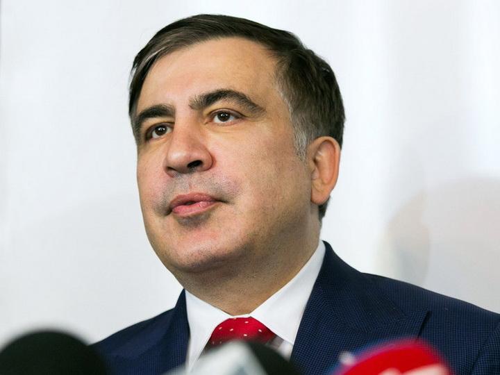 Саакашвили призвал провести в Грузии досрочные парламентские выборы