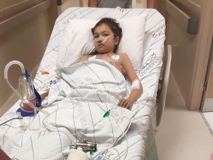 Призыв о помощи. Перенесшая две тяжелых операции 13-летняя Ляман задыхается - ФОТО