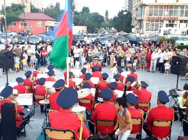 По случаю Дня ВС были организованы выступления военных оркестров – ФОТО