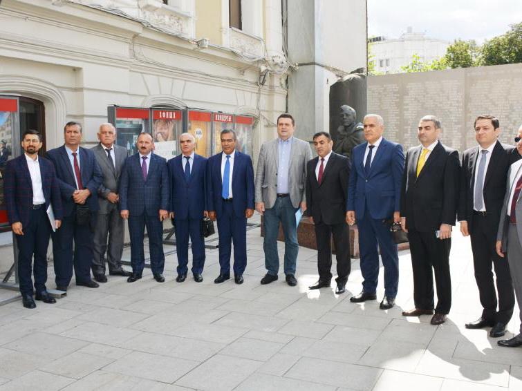 Руководители ряда СМИ Азербайджана встретились в Москве с Марией Захаровой – ФОТО