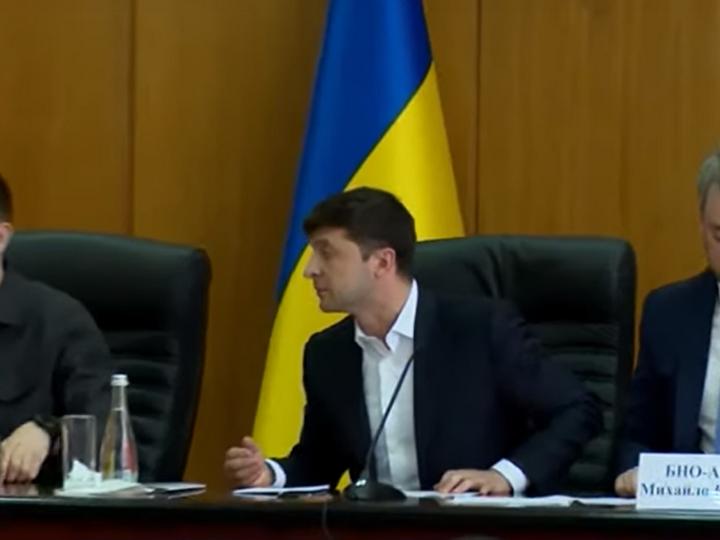 Зеленский выгнал с совещания секретаря горсовета Борисполя - ВИДЕО