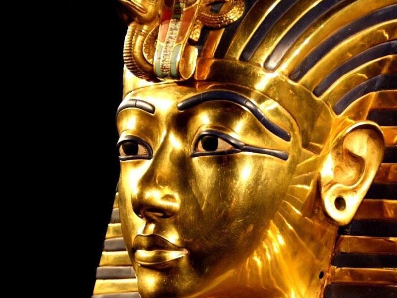 Misir Tutanxamonun büstünə görə İnterpola müraciət etdi