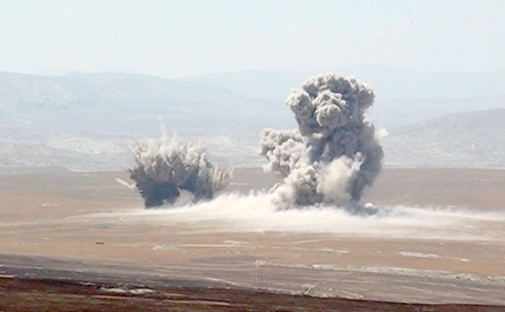 Су-25 ВВС Азербайджана нанесли штурмовые удары по условному противнику
