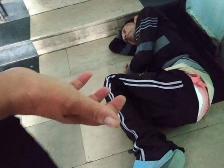 Минздрав о фотографии лежащего на лестнице в больнице больного туберкулезом - ФОТО