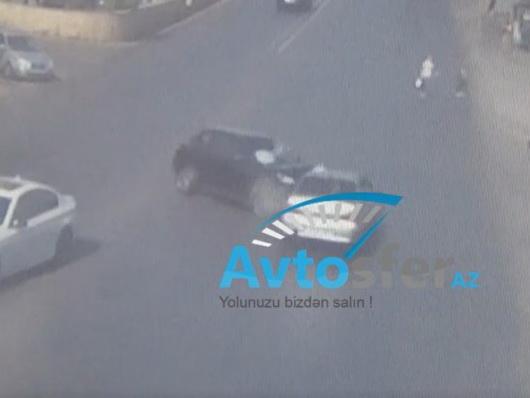 Как в Баку таранят машины, водители которых едут по правилам – ВИДЕОФАКТ