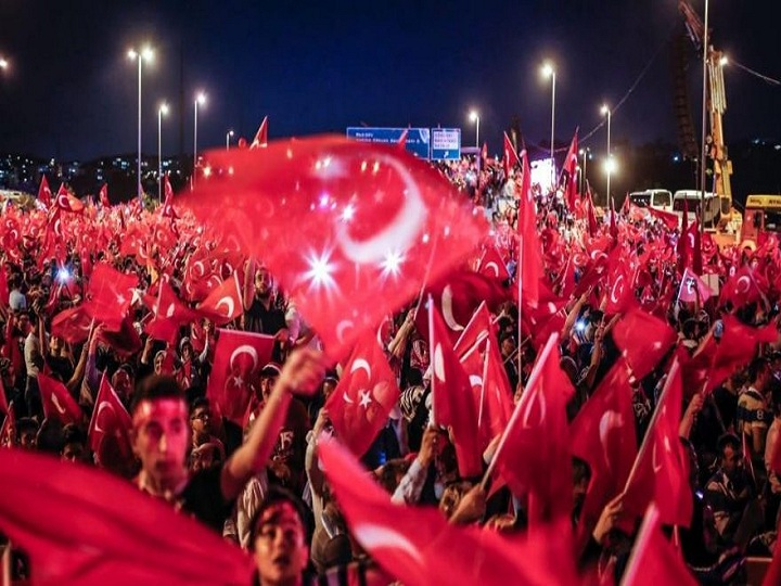Türkiyədə 15 İyul – Demokratiya və Milli Birlik Günüdür