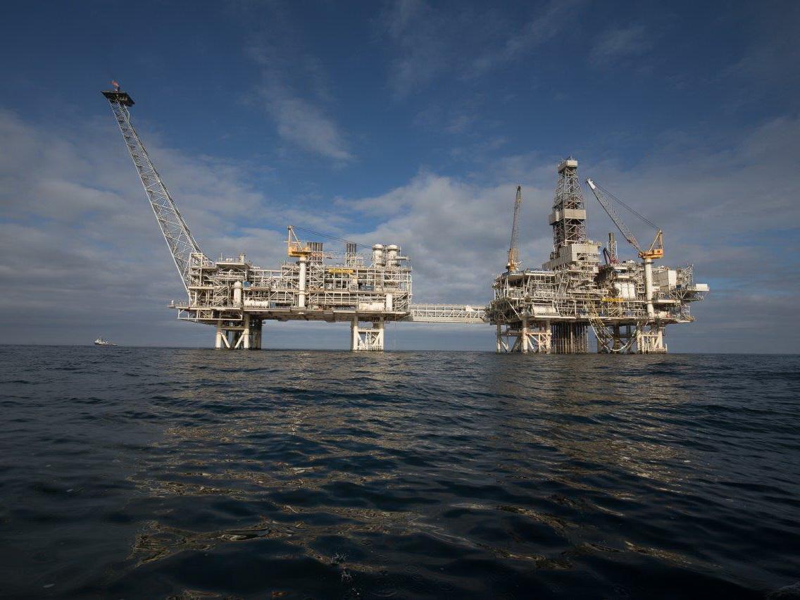 Азербайджанский нефтяник трагически погиб на морской платформе на Каспии