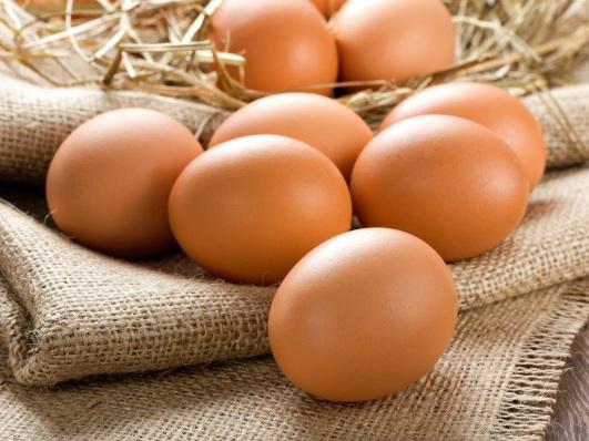 «Виноваты яйца»: Массовое отравление в Баку