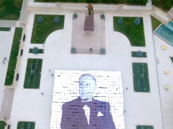 Состоялся флешмоб, посвященный 50-летию прихода Гейдара Алиева к власти - ВИДЕО
