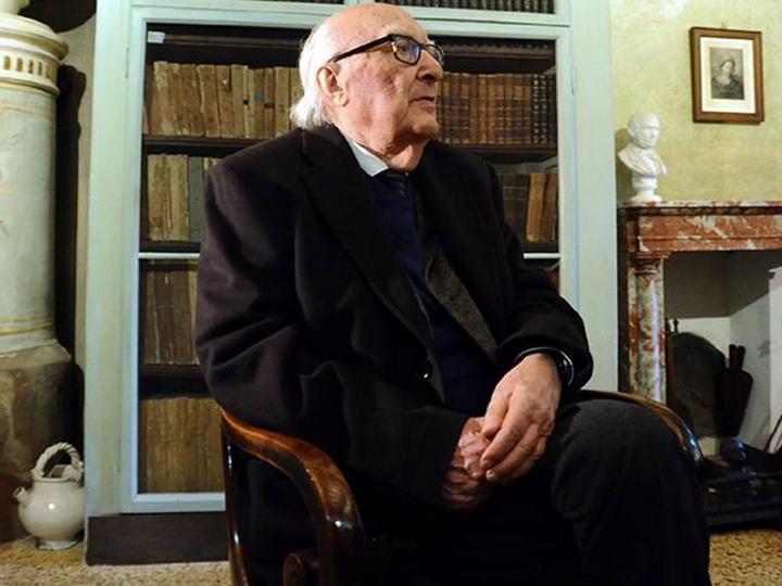 Умер итальянский писатель Андреа Камиллери