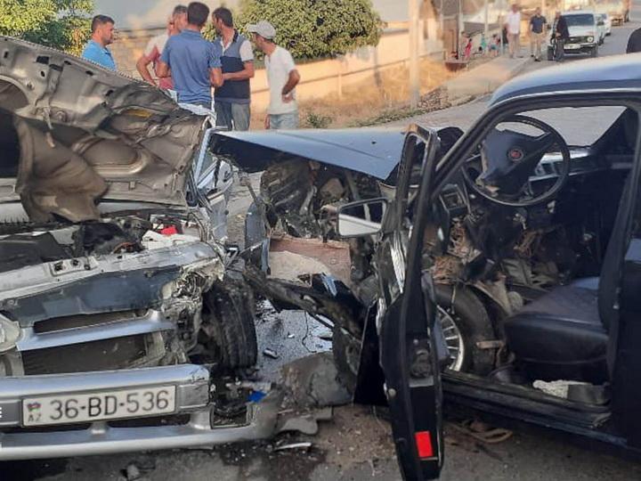 Тяжёлое ДТП в Азербайджане, пострадали 6 человек - ФОТО