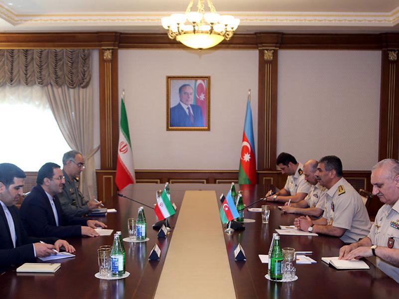 Обсуждены вопросы расширения военного сотрудничества между Азербайджаном и Ираном