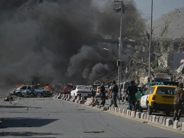 В Афганистане около 20 человек пострадали при взрыве у здания полиции