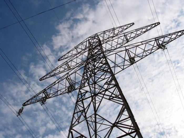 Avinyan: Ermənistan, Rusiya, Gürcüstan və İran elektrik şəbəkələrini birləşdirir