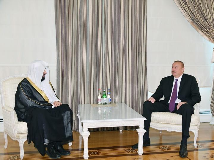 Президент Ильхам Алиев принял делегацию во главе с министром юстиции Саудовской Аравии - ФОТО