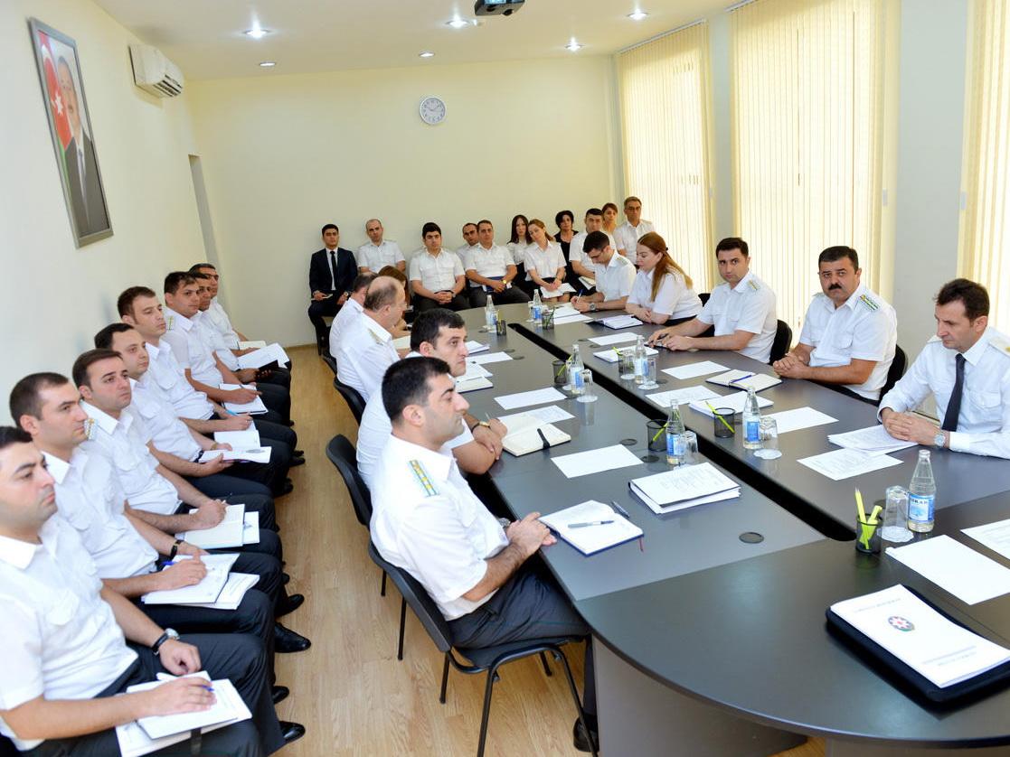 Судебные исполнители Азербайджана добились выплаты более 300 миллионов манатов - ФОТО