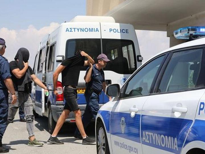 «Изнасиловали туристку»: На Кипре задержали 12 израильтян