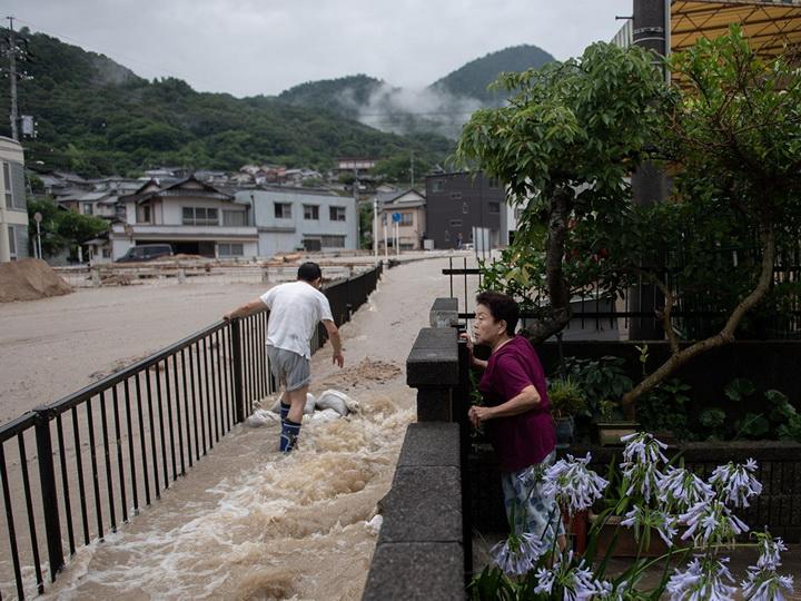 Ливневые дожди в Японии привели к эвакуации 110 тысяч человек